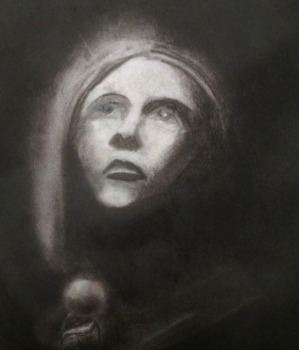 八年级,学生们会通过黑白肖像画及炭笔自画像来探索人性人格。